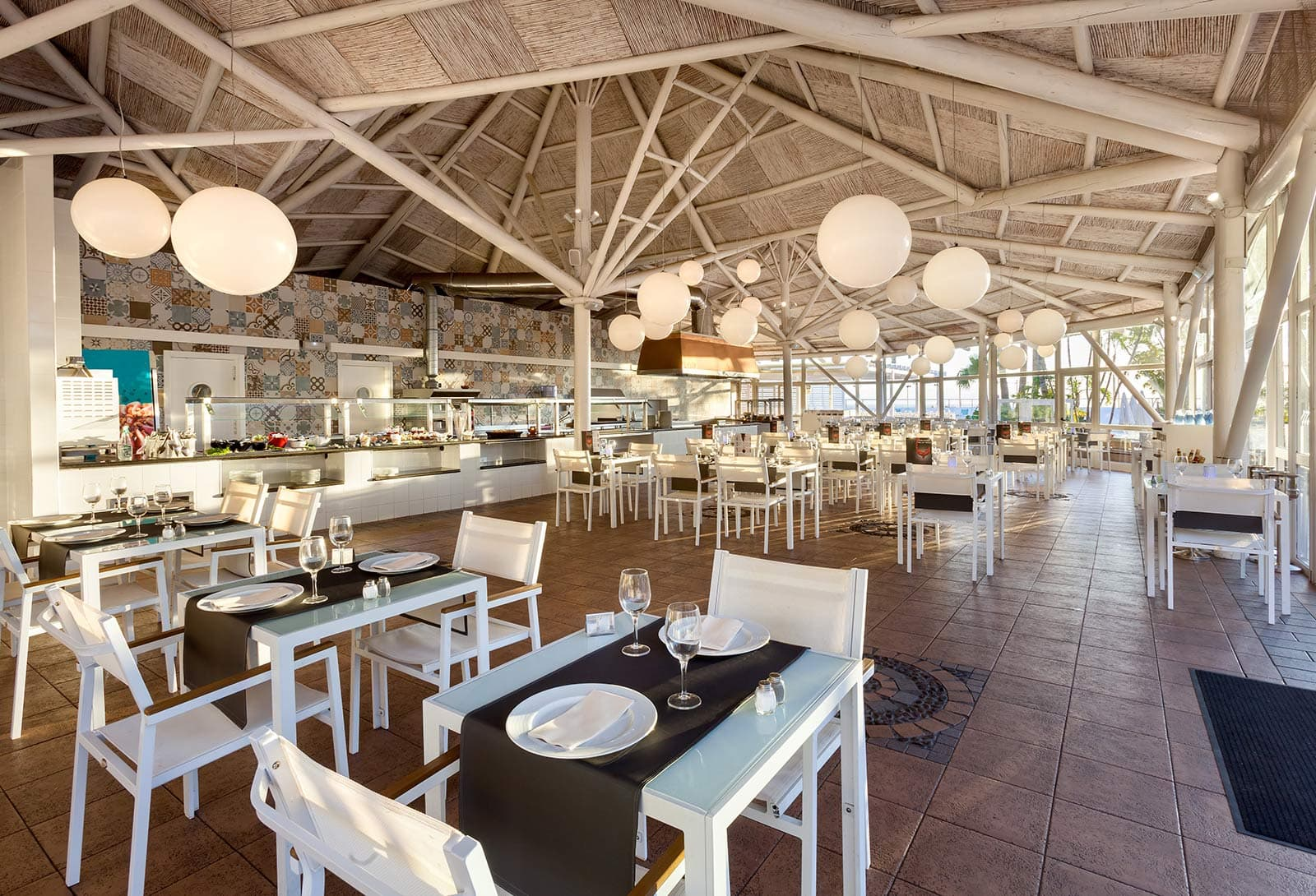 Restaurant Mylos, Be Live Experience Playa La Arena